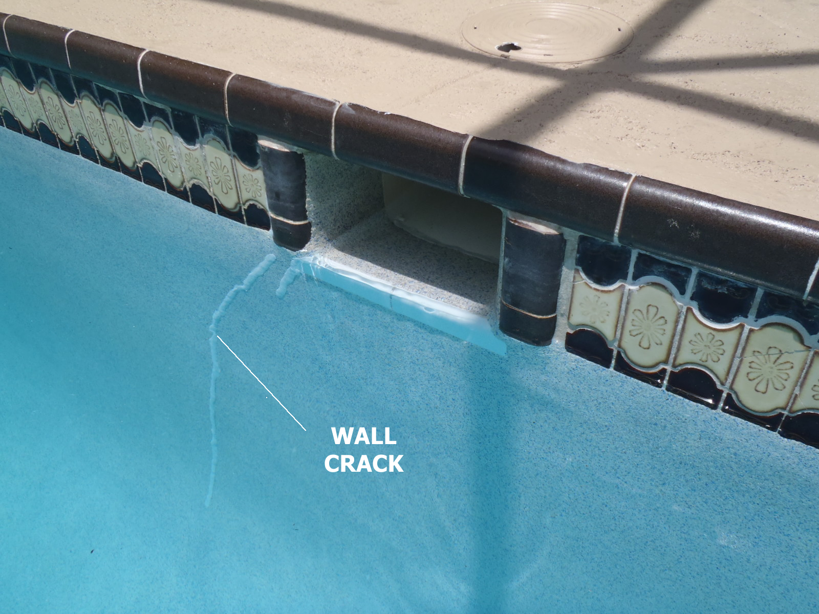 Fix crack in pool skimmer : skimmer20crack204 from llfuualman.cf size 1600 x 1200 jpeg 832kB